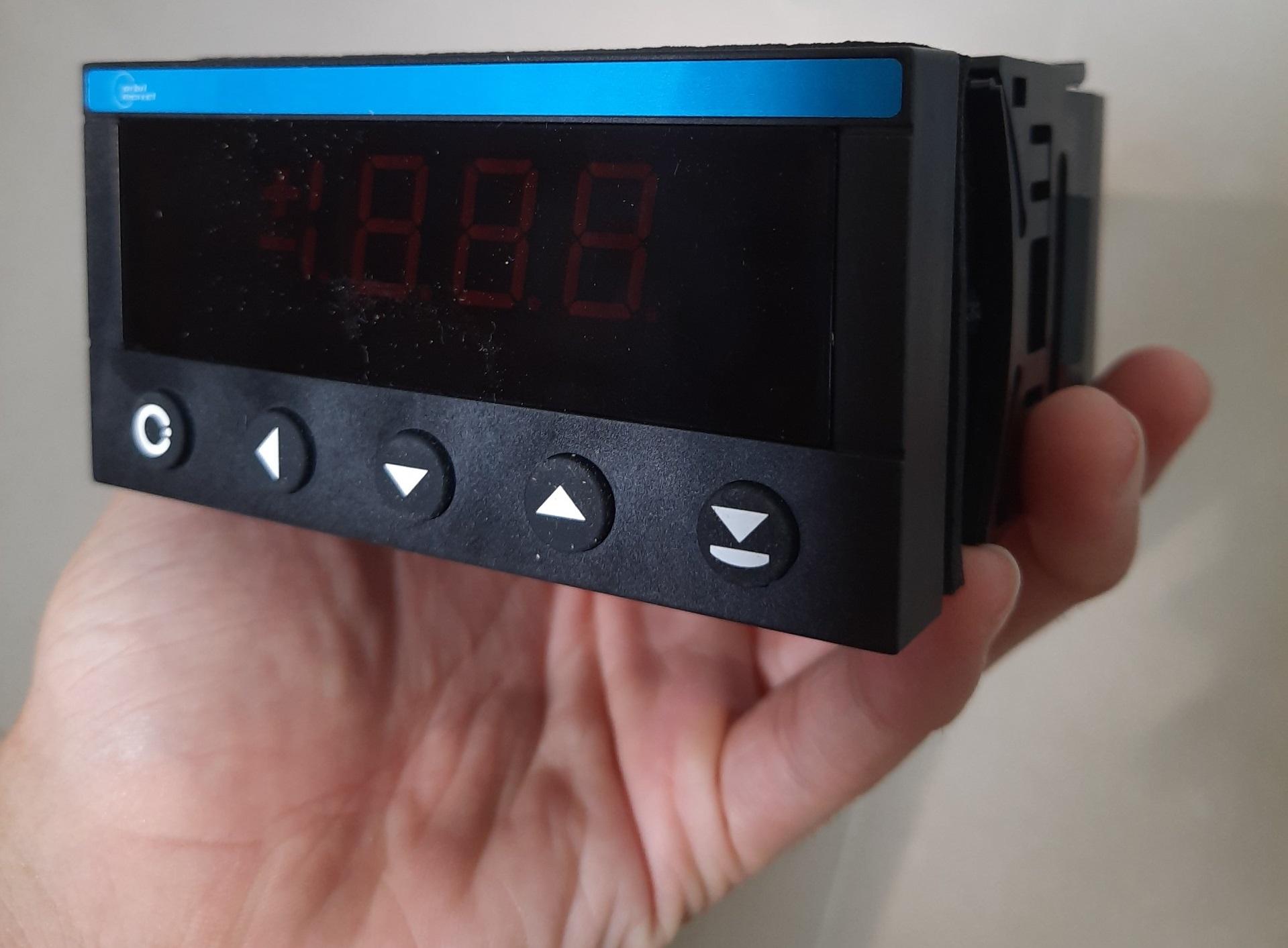 bộ hiển thị nhiệt độ
