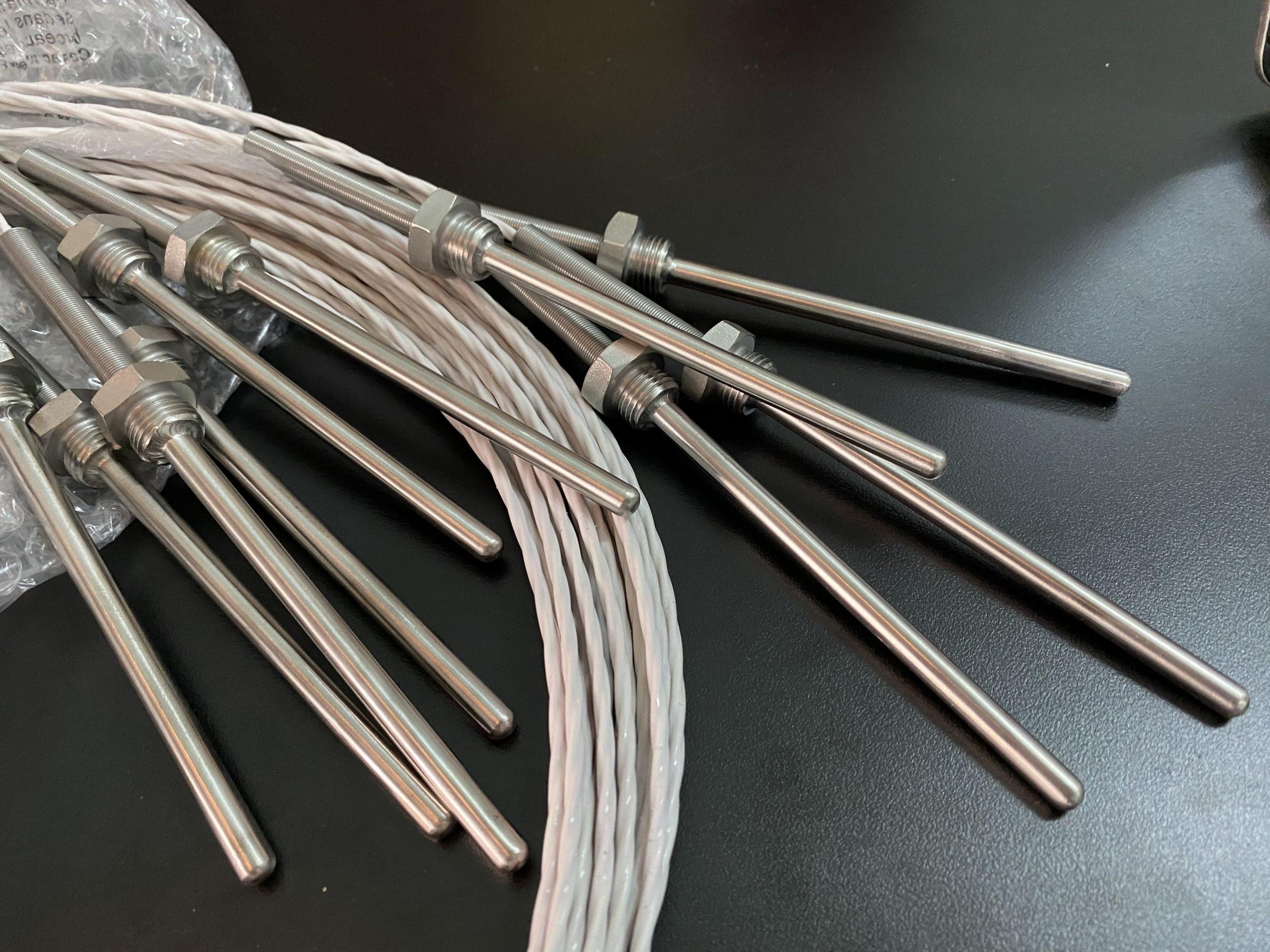 đầu dò pt100 dạng dây