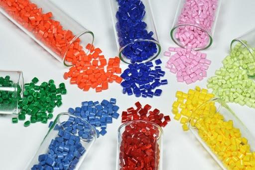 Hình ảnh về hạt nhựa