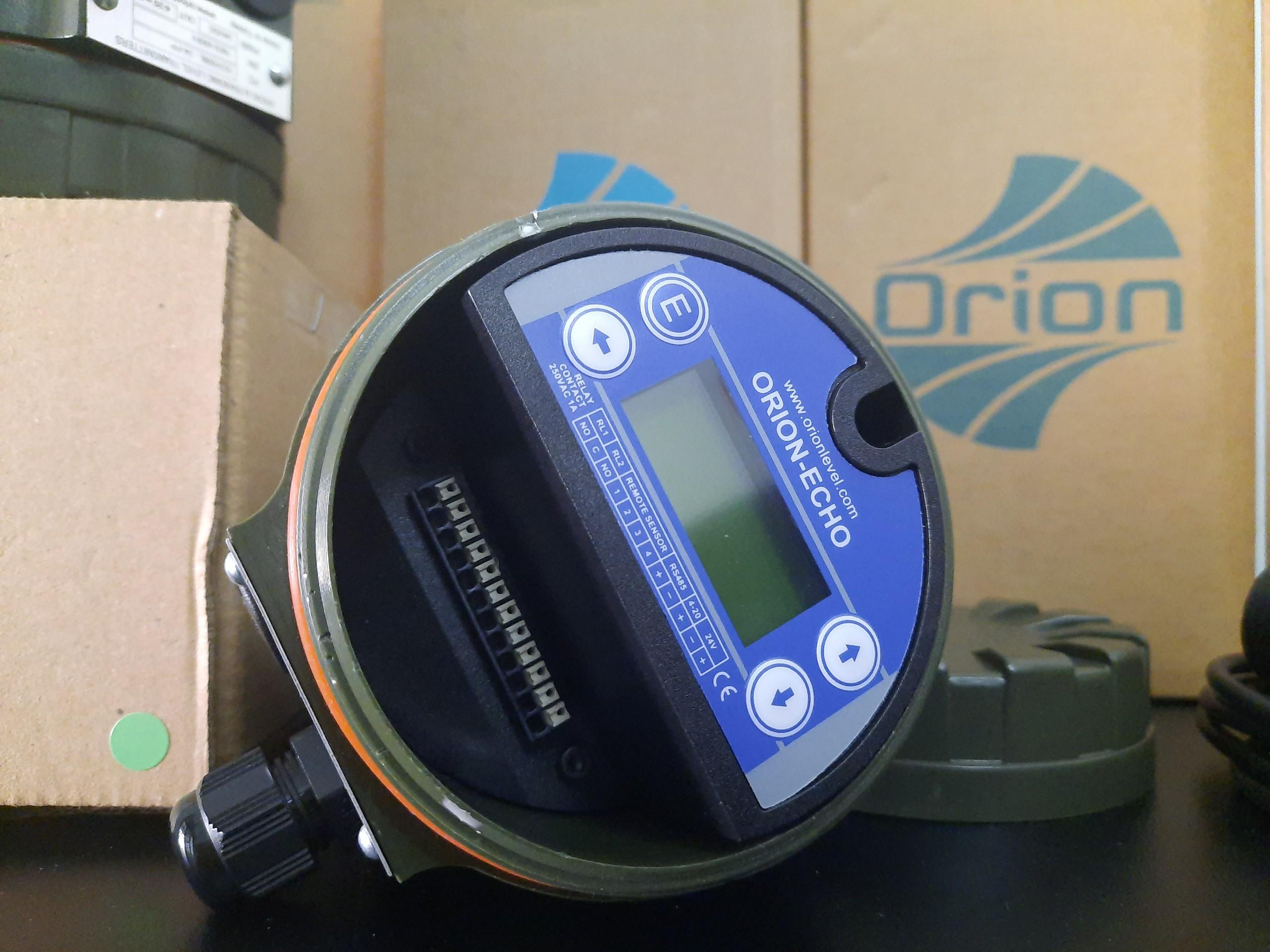 Cảm biến đo mức siêu âm