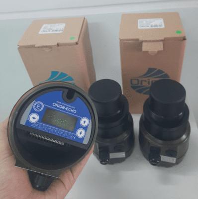 cảm biến đo mức axit dạng siêu âm