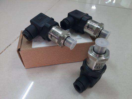 Cảm biến áp suất đường ống